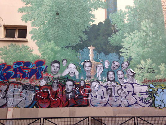 Fresque et collage dans Paris